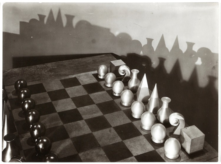 2016-05-06. Man Ray - Chess - © Man Ray Trust Prolitteris, Zurigo